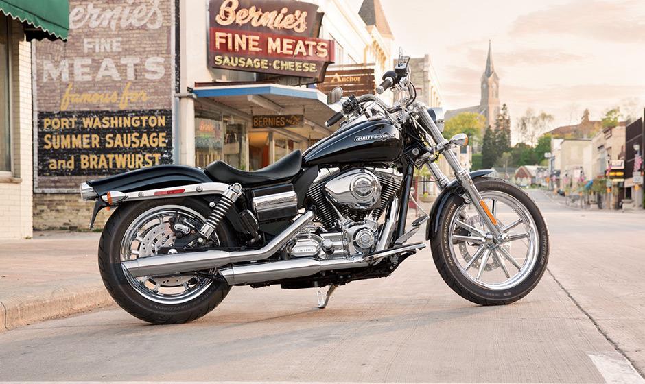 2014 Harley Davidson Dyna Super Glide Custom: Harley Davidson Super Glide Custom 2014