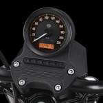 harley-davidson-883-roadster-2014-painel-instrumentos