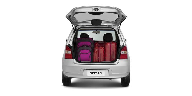 Nissan-Livina-2015-1