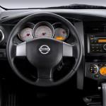 Nissan-Livina-2015-7