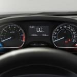 Peugeot-208-2015-(11)