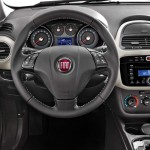 Fiat-Punto-2015-painel-instrumentos