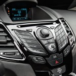 new-fiesta-2015-sedan (4)