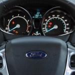 new-fiesta-2015-sedan (8)