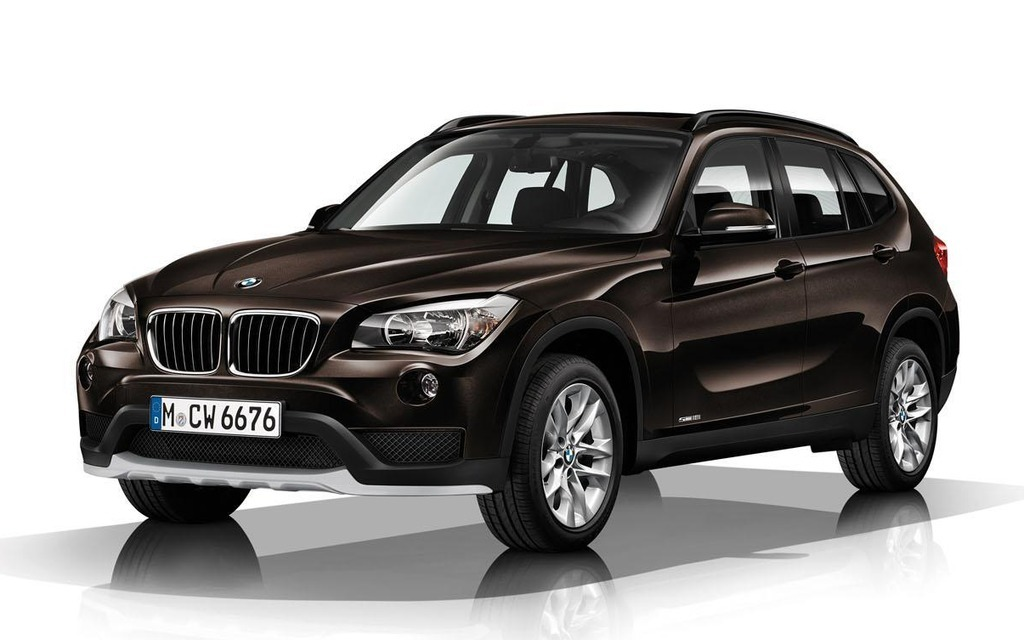 nova bmw x1 2015 2016 pre o fotos v deo opini es. Black Bedroom Furniture Sets. Home Design Ideas