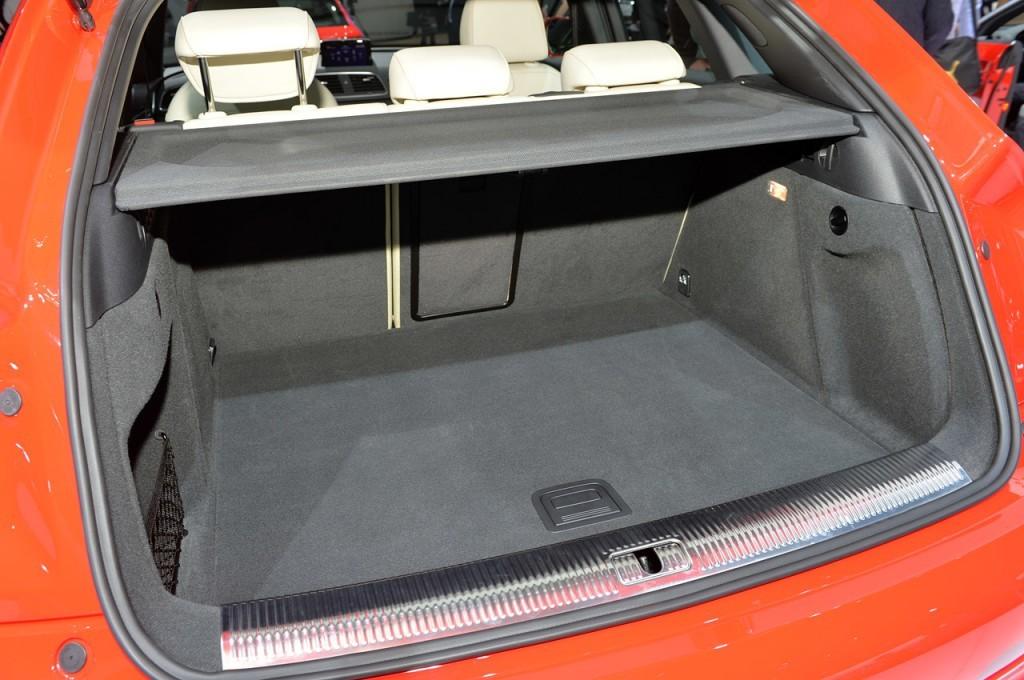 Novo Audi Q3 2015 - porta malas