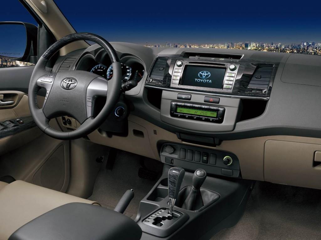 Nova Toyota SW4 2015 2016