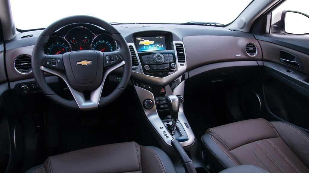 Novo Cruze 2016 Hatch Sed 227 Pre 231 O Interior Consumo Foto