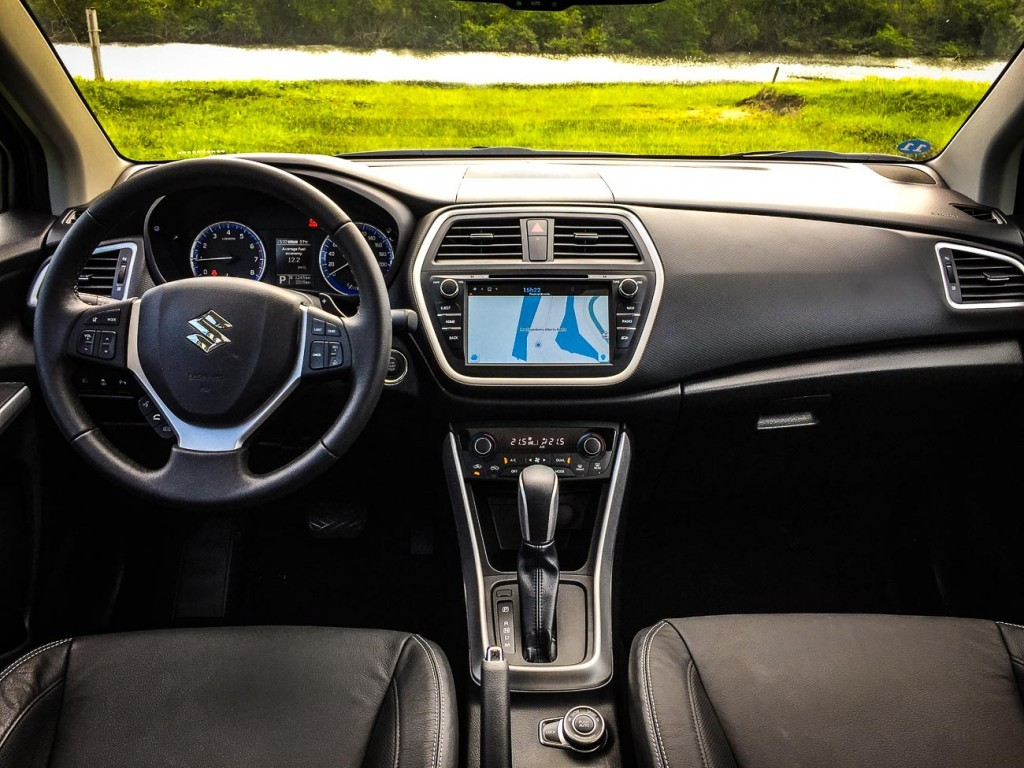 Novo S-Cross interior